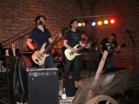 Die drei Gitarren von SLAM JUNK spielen live in Schandelah